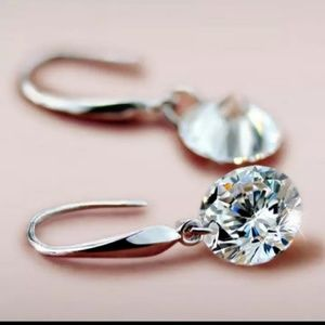 Jewelry - 925 Sterling Silver Crystal Solitaire Drop Earring